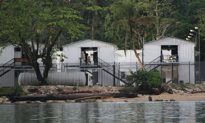 Papua New Guinea & Australia News | Asylum Seekers