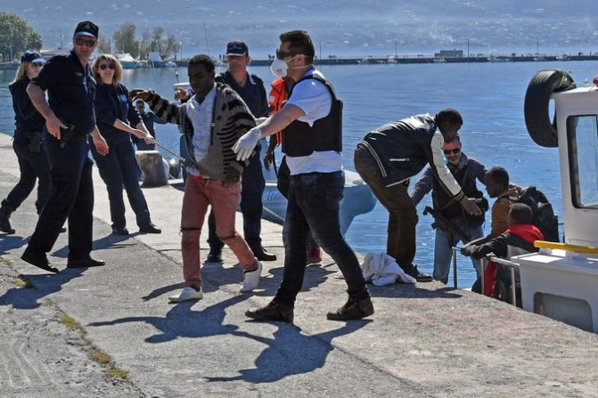 Southern Europe & North Africa News | Migrants & Refugees